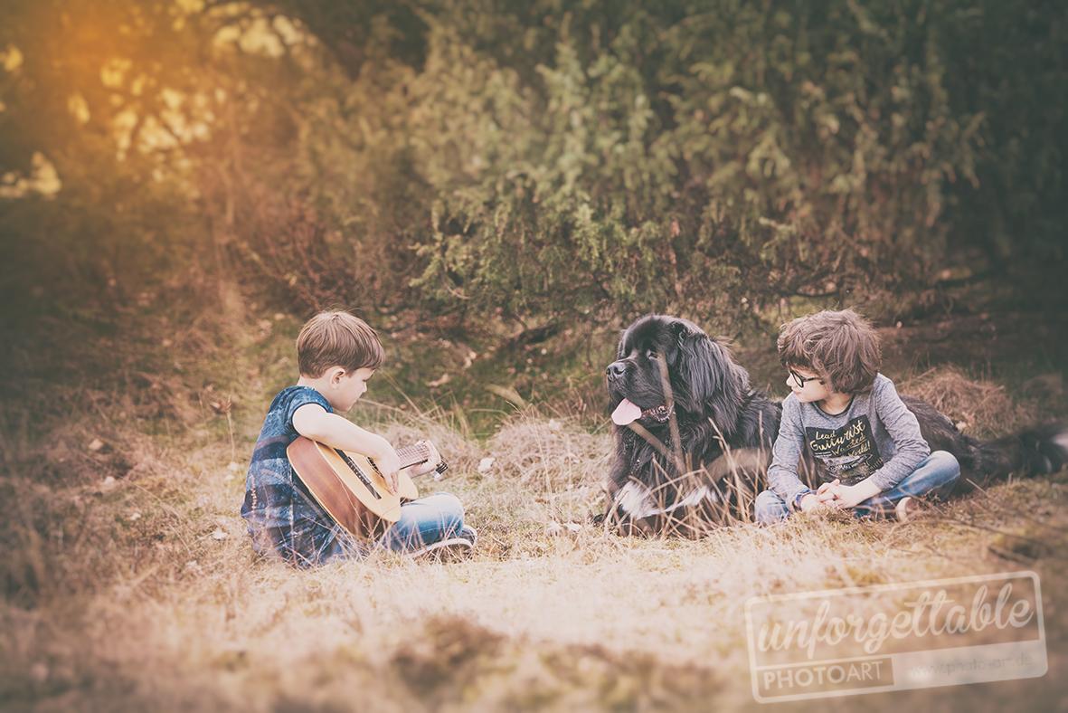 Outdoor_dog_kids