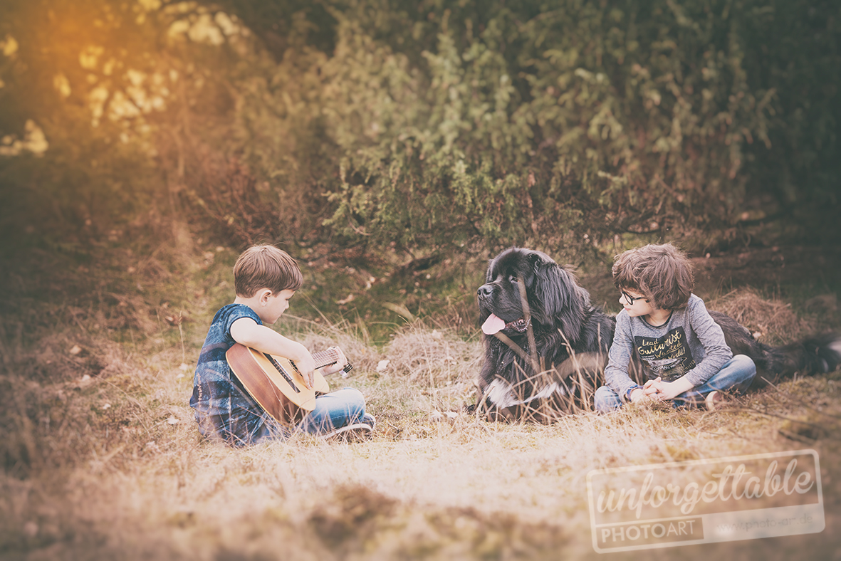 Outdoor_dog_kids